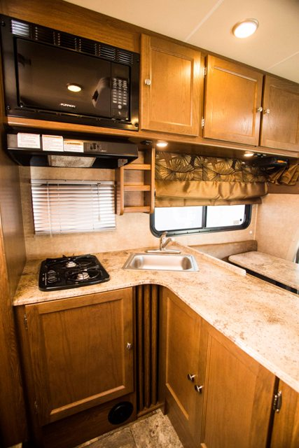Coachmen Leprechaun 23 Reyes Rv Rental