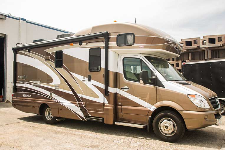 Excellent A Lot Of People In This Area Are Buying RVs Because Theyre Living In Them Because Rent Is So High&quot They Moved To The New  On 13 Acres, 450 RVs Are On Display, Ranging From The Class A Winnebago The Size Of A Dreadnaught To The Much